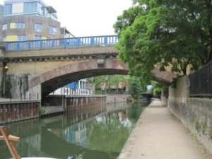 Limehouse Cut 14